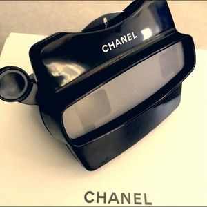 CHANEL VIP COVETED GIFT VIEW FINDER!